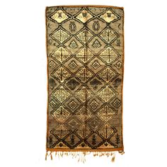 Taza Vintage Rug 5'5x9 Beige - hand-knotted by Berber rug-makers - Sunset Park Collection