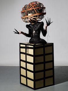 Google Image Result for http://www.the-futurista.com/wp-content/uploads/2010/10/Fashion%2BArt.jpg