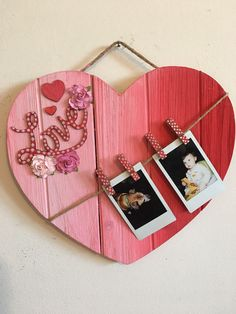 Gradient Heart Sign and other Rustic Wood Heart DIY Projects and Ideas that will. Gradient Heart Sign and other Rustic Wood Heart DIY Projects and Ideas that will Melt Your Heart Wooden Hearts Crafts, Wooden Crafts, Wooden Diy, Wooden Signs, Heart Projects, Diy Art Projects, Wood Projects, Heart Diy, Heart Crafts
