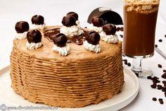 TORT DE CAFEA CU CREMA FINA DE MASCARPONE SI CAFEA | Diva in bucatarie Panna Cotta, Baking, Breakfast, Cake, Ethnic Recipes, Desserts, Food, Recipes, Mascarpone