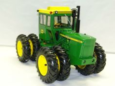 1/16th Ertl John Deere Model 7020 Diesel articulated 4-wd w/duals and 3-pt - #7 in Precision Key Series,