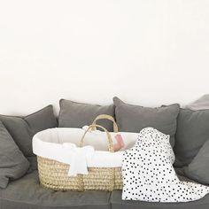 Repost de @malotine_helene qui a trouvé le couffin parfait (Wendy de la marque Leipold) pour les siestes de son tout petit ! #couffin #leipold #wendy dispo sur le site #berceaumagique #sieste #bebe #baby #tropmignon