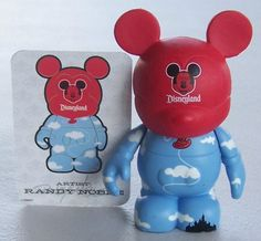 First Chaser: Disney Vinylmation Park 1 Balloon Chaser Figure