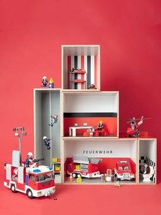 autogarage mit kleinem spielteppich zum mitnehmen kids pinterest n hen spielteppich und. Black Bedroom Furniture Sets. Home Design Ideas