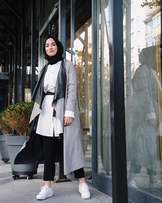 Genç Tesettür  #Hijab #hijabfashion #women #womensfashion #Islamicfashion #Qiblatravels @Qiblatravels Turkish Fashion, Islamic Fashion, Muslim Fashion, Modest Fashion, Hijab Fashion, Fashion Outfits, Womens Fashion, Hijab Outfit, Hijabs