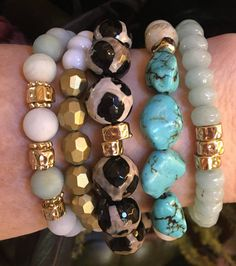 Beaded Bracelets Elastic Jewelry Making Beaded bracelets elastic , perle African Beaded Bracelets, Beaded Bracelet Patterns, Bracelet Designs, Making Bracelets With Beads, Jewelry Making, Bracelet Making, Boho Jewelry, Beaded Jewelry, Gemstone Jewelry