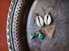 EcoDesignProject | handgefertigte hochwertige Türkis Ohrringe und Kauri Shell Ohrringe