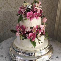 Entre pinks e marsala para um lindo casamento! ❤️