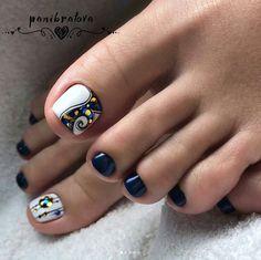 Toenail art designs with gemstones and rhinestones Image 2 - Diy Nail Designs Pretty Toe Nails, Cute Toe Nails, Toe Nail Art, Diy Nails, Pretty Pedicures, Toenail Art Designs, Pedicure Designs, Manicure E Pedicure, Feet Nail Design