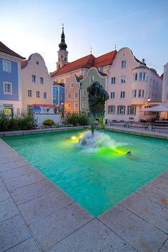 Christopherusbrunnen am Stadtplatz Schärding, Austria