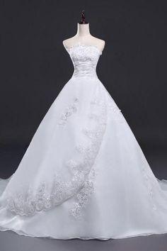 New Design Lace Applique With Bead Organza Bridal Gwon Bridal Wedding Dress Fantasy Wedding Dresses, Beautiful Wedding Gowns, Princess Wedding Dresses, Bridal Wedding Dresses, Beautiful Dresses, Ball Dresses, Short Dresses, Prom Dresses, Organza Bridal