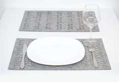Gray Placemats / Set of 6 Placemats / Rectangle by WoollyClouds