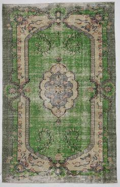 Emerald Green Medallion Floral Vintage Turkish Rug by bazaarbayar
