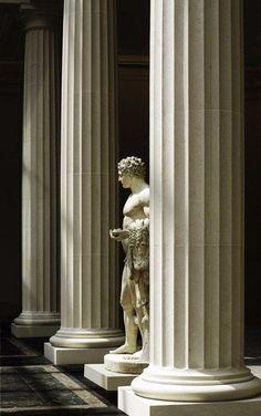 The pelt of the slain Nemean Lion draped over his left arm, - Hercules - The Greek and Roman Gallery. Metropolitan Museum of Art. Greek Gods And Goddesses, Greek Mythology, Classical Architecture, Art And Architecture, Museum Of Fine Arts, Art Museum, Greek Art, Renaissance Art, New Wall