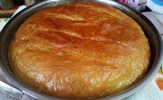 Συνταγή της γιαγιάς: Το πιο καταμάχητο γαλακτομπούρεκο | i-diakopes.gr Greek Sweets, Dessert Recipes, Desserts, Greek Recipes, Cornbread, Pie, Ice Cream, Chocolate, Cooking