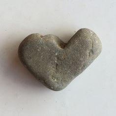 Ma collection de cœurs de pierre www.coeurdepierre.org