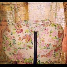 Tops - Floral bustier.