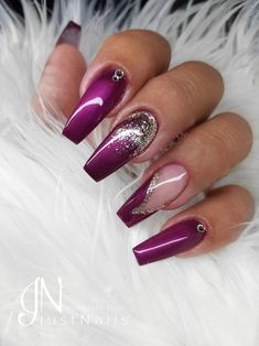 Pink Berry Nails Nägel Inevitable Coffin Nail Designs for Gallery 2018 Lilac Nails Design, Purple Nail Designs, Toe Nail Designs, Acrylic Nail Designs, Berry Nails, Plum Nails, Purple Nails, Beautiful Nail Art, Gorgeous Nails