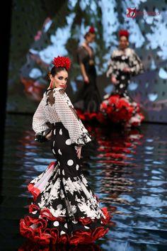 """Carmen Vega """"El corazón de la tierra"""" – Simof 2017   Moda Flamenca - Flamenco.moda"""