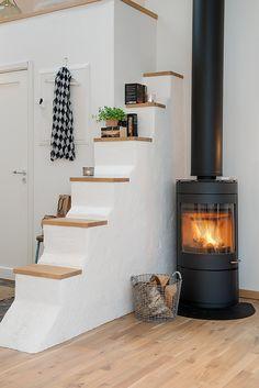Jurnal de design interior - Amenajări interioare : Amenajarea unei mansarde de 90 m²