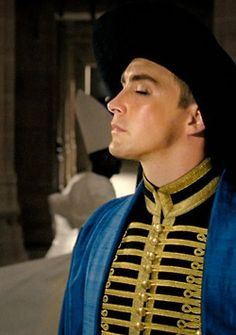 Lee Pace as Roy Walker, He is the only man who tempts me to desire a messed up masked bandit ! Lee Pace The Fall, Oklahoma, The Fall 2006, Jeremy Sisto, Eiko Ishioka, Hugo Cabret, Elf King, Pushing Daisies, Period Outfit