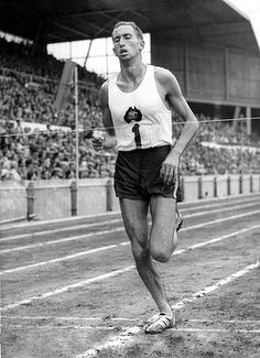 Herb Elliot, undefeated for life. Never lost a race he entered (1957-1961) and retired after winning gold in Rome. Set the mile WR at 3:54 and ran under 4 minutes on 17 occassions. The 1500m WR he lowered to 3:35.6