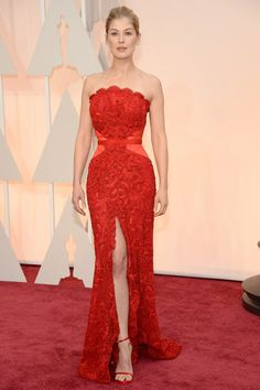 Rosamund Pike @ the #Oscars #2015 #style #redcarpet