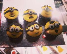 Minion love <3  #cupcakes #yellow