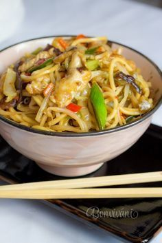 Miska s chutí Asie Czech Recipes, Ethnic Recipes, Super Easy Dinner, China Food, Cooking Recipes, Healthy Recipes, Food 52, Japanese Food, Veggies