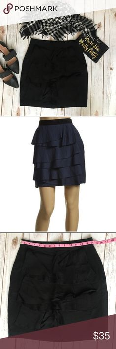 💗BCBGMAXAZRIA pencil ruffle skirt with pockets💗 💗Beautiful BCBGMAXAZRIA pencil ruffle skirt with pockets, size 2 waist is stretchy please see pics with measurements 💗 BCBGMaxAzria Skirts Midi