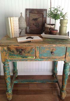 Chippy desk - The Bee's Knees Antiques & Interiors, Castle Rock, CO