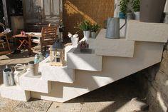 un escalier en kit de 8 lments 6 marches pleines finition boucharde cisele et