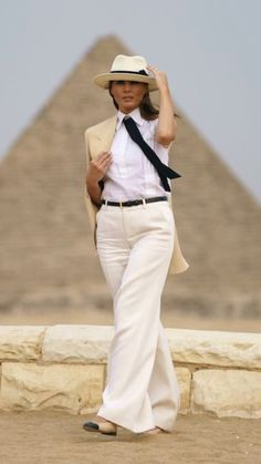 First Lady Melania Trump is mocked for Egypt outfit that looks like Colonel Sanders Trump Melania, Melania Knauss Trump, First Lady Melania Trump, All White Outfit, White Outfits, Gucci Dress, Hollywood Life, Celebrity Style, Polyvore