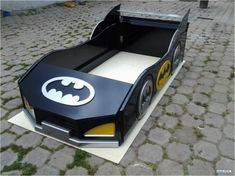 Gauche kamer Boys Room Decor, Boy Room, Kids Bedroom, Cama Batman, Batman Crafts, Kids Bed Design, Race Car Bed, Batman Collectibles, Childrens Beds