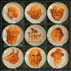 Make a hobbit of eating a good breakfast. Saipancakes gets all middle-earthy with The Hobbit Pancakes Pancake Art, Tolkien, Pancake Pictures, The Hobbit Characters, Into The West, Second Breakfast, Breakfast Nook, Image Of The Day, Fiestas