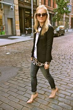 Another great blazer look with t-shirt & jeans.  You can transition T-shirts to fall & winter!