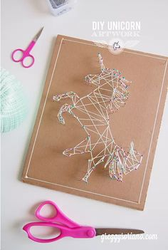 Teen Crafts to Make for Money - Paper Crafts to Make and Sell - String Art Ideas - Unicorn Wall Art Decor for Teens, Adults and Kids Room - DIY Christmas Gifts and Idea Unicorn Diys, Unicorn Crafts, Unicorn Wall, Fun Projects For Kids, Crafts For Teens, Craft Projects, Craft Ideas, Diy Ideas, Teen Crafts