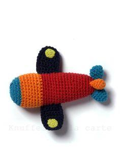 Hugs à la carte | Buy the best bears, dolls and stuffed animals: all hugs: airplane rattle crocheted