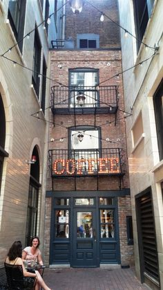 Asado Coffee Roasters — One of the Loop's oldest, smallest buildings. Asado Coffee C Best Coffee Roasters, Best Coffee Grinder, Coffee Grinders, Canada, Places Around The World, Around The Worlds, Chicago Coffee Shops, Chicago Travel, Chicago Trip