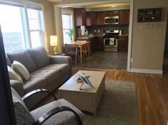 Updated open loft - Lofts for Rent in Cleveland Heights - Get $25 credit with Airbnb if you sign up with this link http://www.airbnb.com/c/groberts22