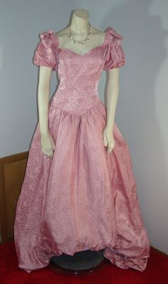 Vintage 80s PInk Wedding Gown Jacquard S 36 by TheScarletMonkey