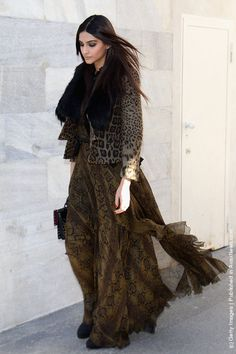 Roberto Cavalli: Fashion Week  http://avaxnews.net/appealing/Roberto_Cavalli_Front_Row_And_Runway_Milan_Fashion_Week_Womenswear_Autumn-Winter_2012-2013.html
