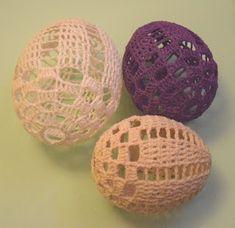 W domu i ogrodzie Kasi: Subiektywny przegląd wzorów szydełkowych pisanek Holiday Crochet, Easter Crochet, Chrochet, Happy Easter, Easter Eggs, Decorative Bowls, Doilies, Christmas Ornaments, Knitting