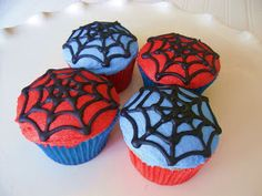 SPIDERMAN  Spiderman is handmade with fondant. The city goes around the entire cake and is hand cut and assembled. ($85)   Spiderman Cupcake...