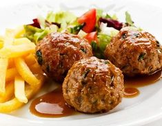 Recipe of Meatballs red wine sauce - Recipes Cook Wine Gift Baskets, Wine Brands, Wine Deals, Wine Case, Multicooker, Cuban Recipes, Le Chef, Open Kitchen, Cooking Time