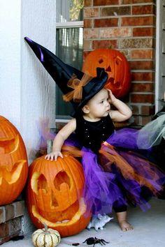 Halloween Costumes For Kids Cool Halloween Image, Fete Halloween, Halloween Magic, Holidays Halloween, Halloween Costumes For Kids, Halloween Treats, Happy Halloween, Halloween Decorations, Baby Costumes