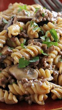 One Pot Ground Beef Stroganoff ~ Full of beefy flavor... And there is only one pot to clean up after dinner!