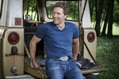 Country Music Star And Former Soldier Craig Morgan To Make 10th Overseas Tour To Entertain U.S. Troops