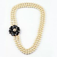 $10.53 Chic Colored Glazed Flower Embellished Faux Pearl Alloy Necklace For Women
