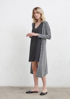 secrets minimalist fashion summer to upgrade your look page 30 Simple Outfits, Simple Dresses, Classy Outfits, Dresses For Work, 30 Outfits, Dress Work, Sweater Dress Outfit, Cardigan Outfits, Long Cardigan